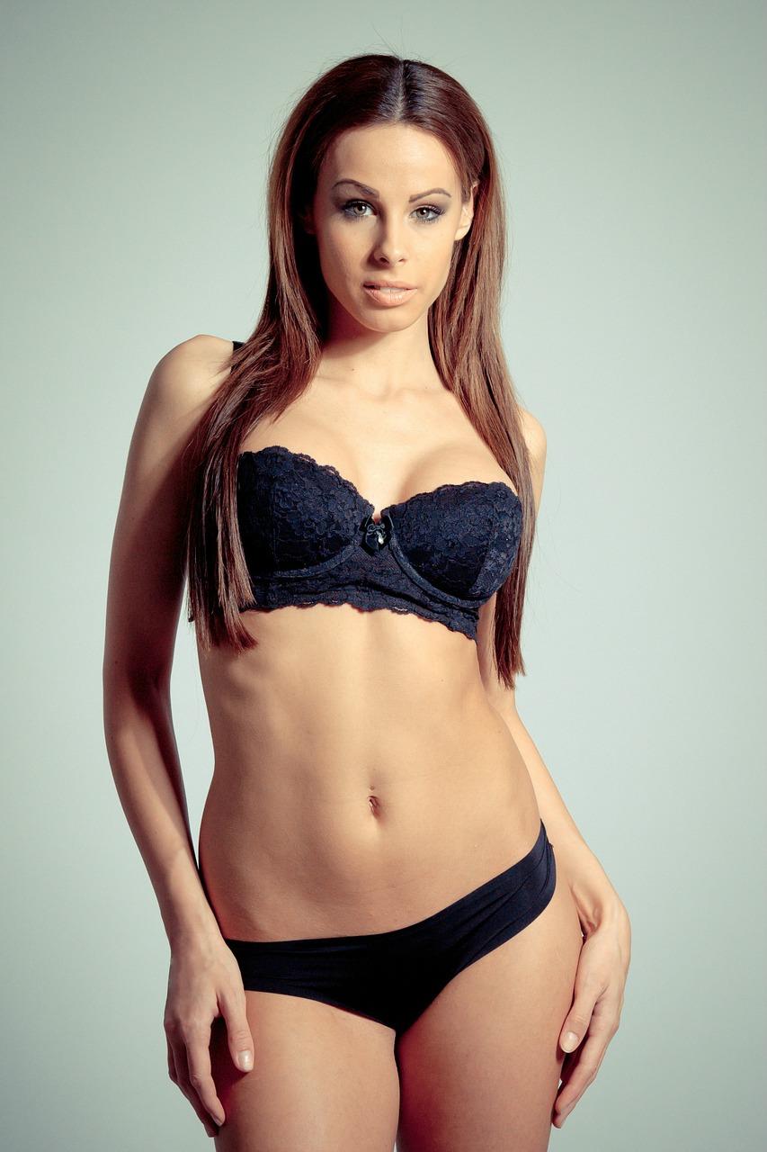Model Hooker in Canada