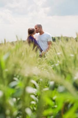 dating-grass-greener